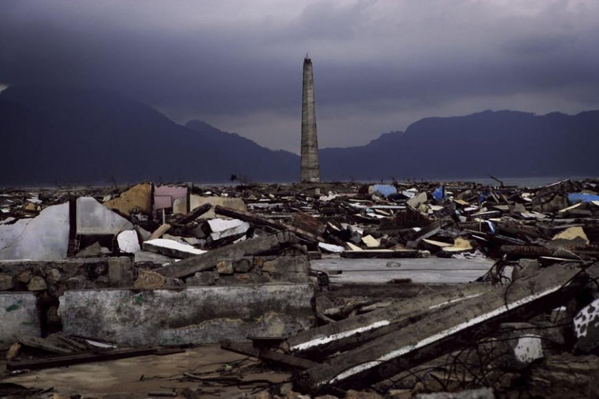 Disaster asian tsunamis