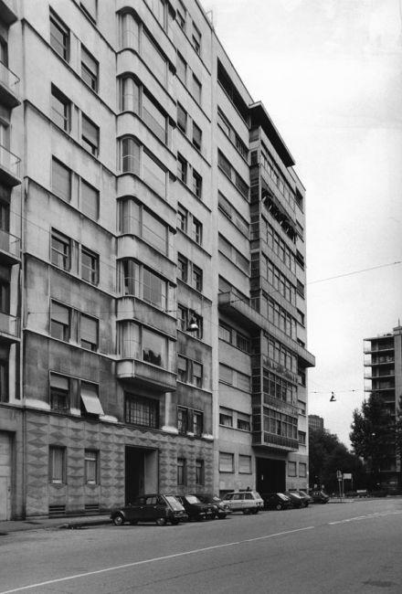 Ffmaam collezione gabriele basilico for Casa moderna gardone